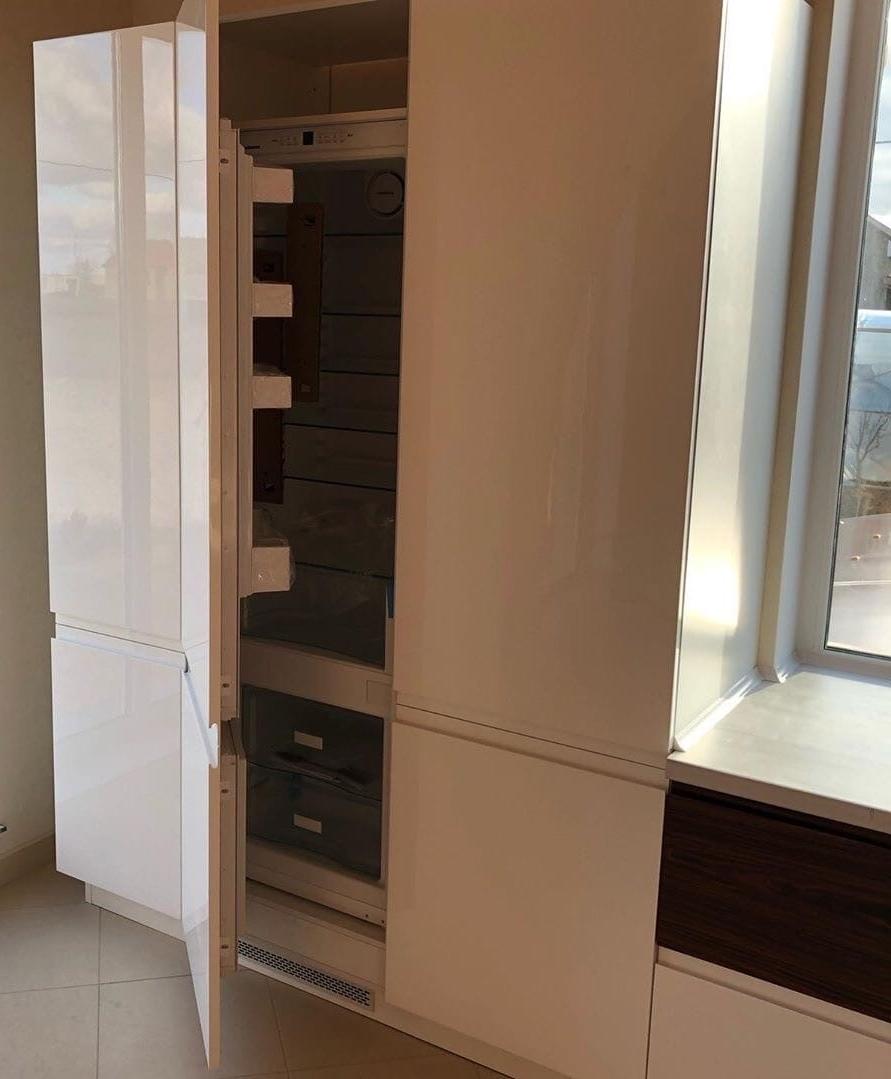 Белый кухонный гарнитур-Кухня МДФ в эмали «Модель 563»-фото7