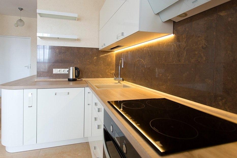 Белый кухонный гарнитур-Кухня МДФ в эмали «Модель 619»-фото4
