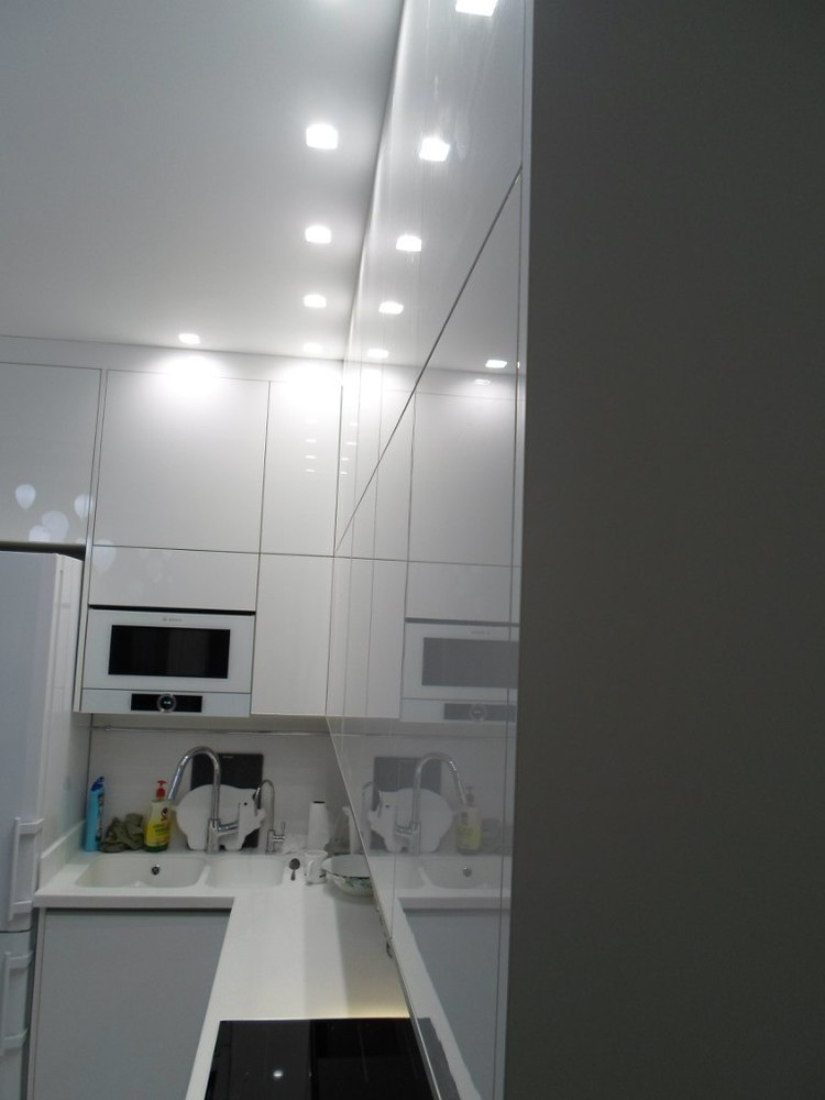 Акриловые кухни-Кухня МДФ в эмали «Модель 203»-фото2